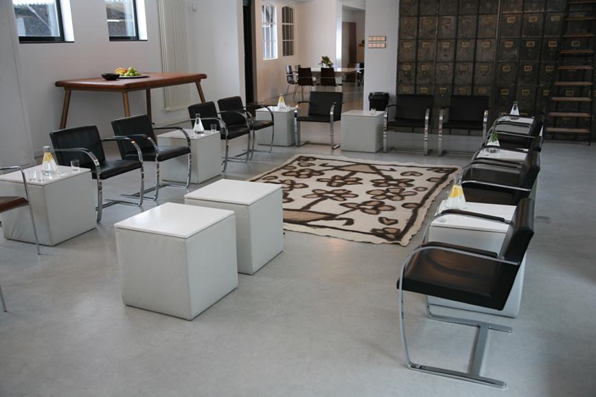 Robert heijne opstellingen plenaire ruimte - Formele meubilair ...